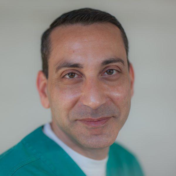Д-р Еял Нуни