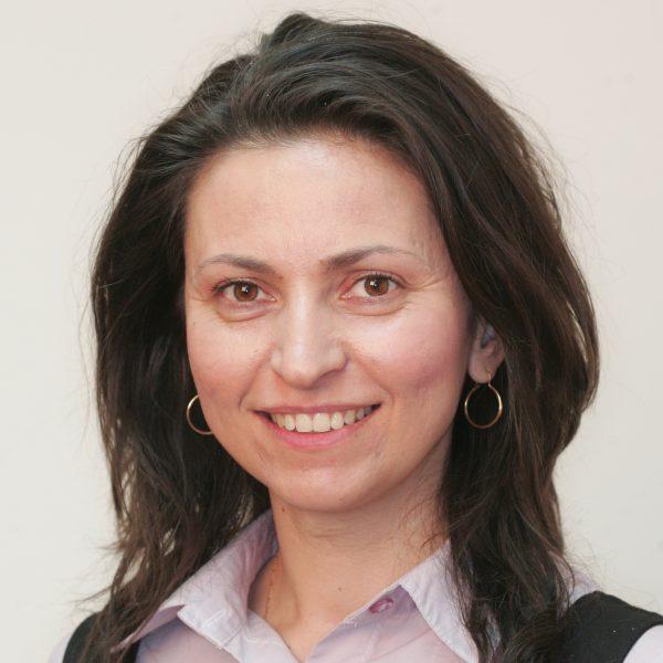 Доц. д-р Илияна Стоева, дм